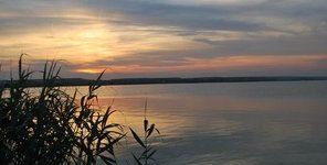 lacul Corbu la asfinţit