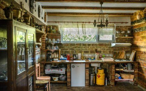 Bucătărie comună - casă de vacanţă Cuibul de la Mare, Corbu